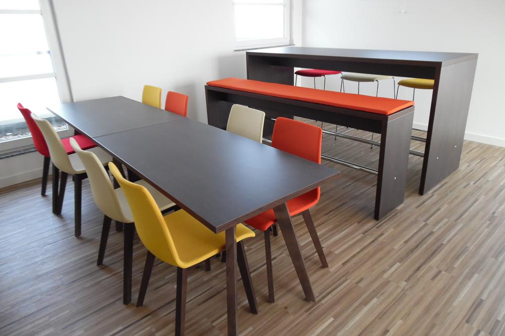 Cafeteria conet technologies ag hennef for Barhocker bank